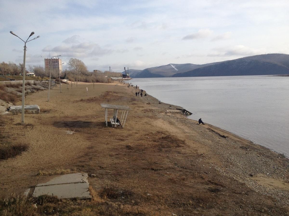 Strand Komsomolsk aan de Amoer